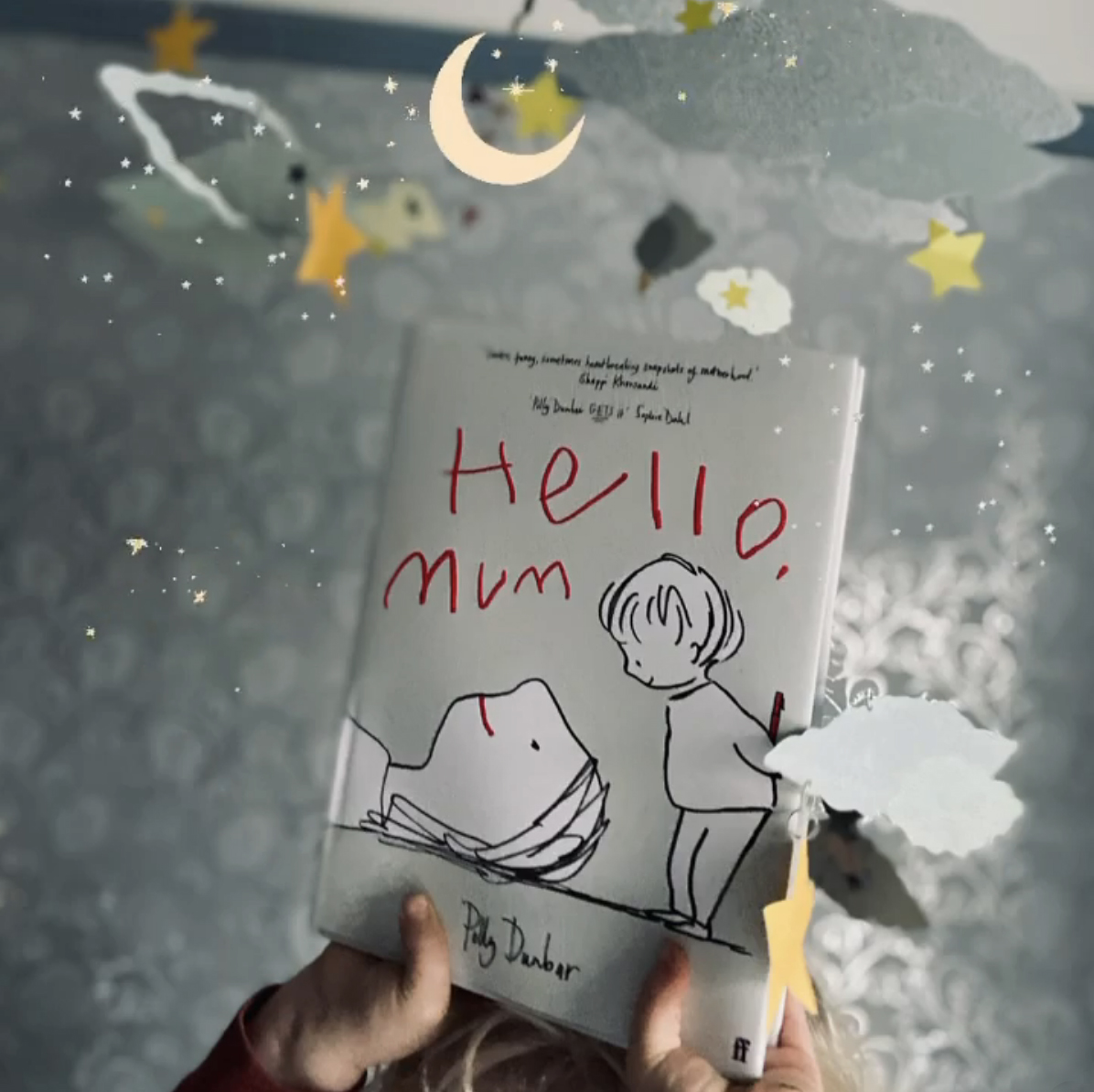 'Hello Mum' by Polly Dunbar. Published by Faber & Faber